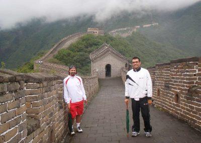ivan y chucky en la muralla